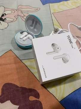 Audifonos inalambricos LG Tone Free