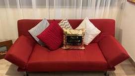 Sofá cama, cojines incluidos