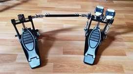 Twin pedal boss