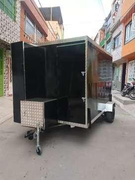 Fabricamos trailer para comida rápida y otro