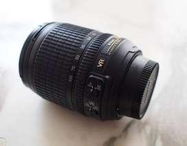 Lente NIKON AF-S 18-105mm DX ED VR Zoom