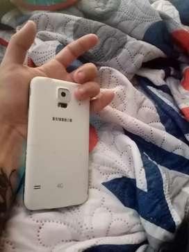 Se vende celular Samsung S5 duo