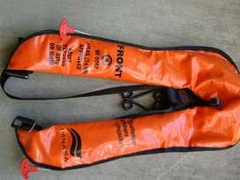 Salva vidas automático o manual con Arnés y cobertor plástico