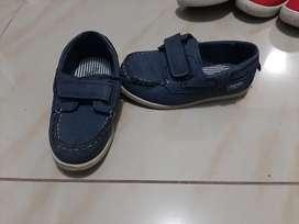 Zapatos OSHKOSH niño
