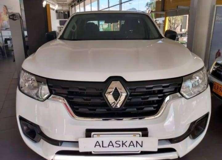 Renault Alaskan Confort 4x2 0