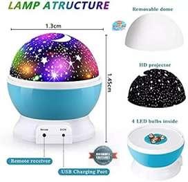 Lámpara proyector de estrellas giratoria con control remoto musical Oferta limitada