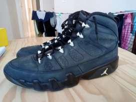 Zapatillas Jordan nuevas tal 44