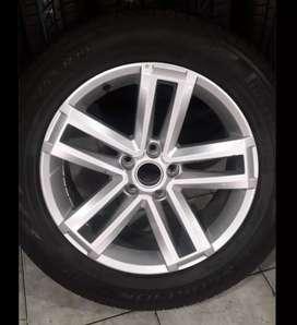Vendo rueda amarok r19 original ,nueva sin rodar