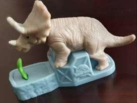 Muñecos Jurassic Park Torta McDonalds Triceraptor Rinoceronte ASP