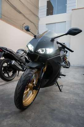 Moto SDUX250 DUCONDA