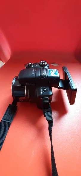 Vendo cámara SONY DSC-HX1