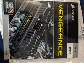 12 RAM DDR 3 Marca Corsair