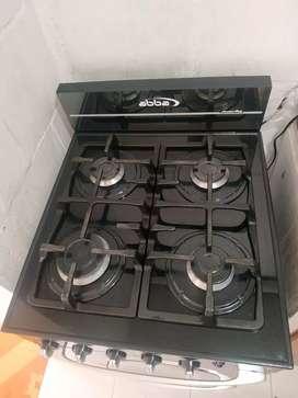 Estufa 4 hornillas