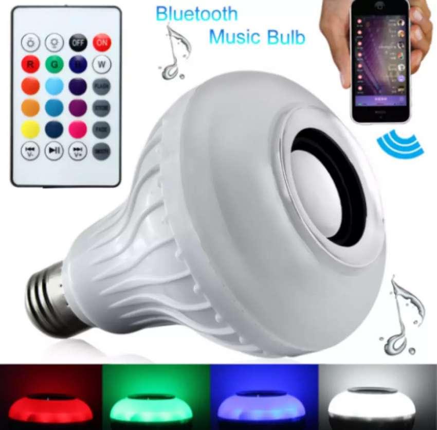 Parlante bombillo Bluetooth