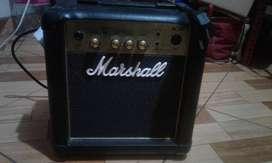 Amp guitarra Marshall MG10G