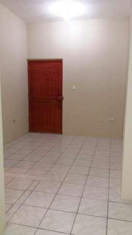Alquilo Departamento con 2 dormitorios a lado del Almacén TIA d la Parroquia 7 d Octubre en la ciudad de Quevedo en $180
