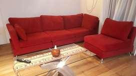 Vendo Hermoso sofá casi nuevo.
