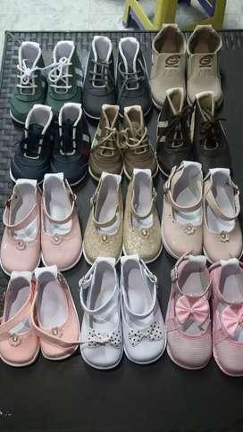 Lote de zapatos no tuerce para niños desde la talla 17 a 22
