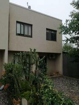 Duplex tipo casa