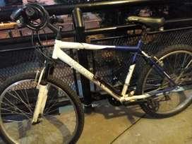 Vendo biciclate  o Permutó x celular