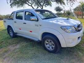 Vendo camioneta Toyota Hilux SR