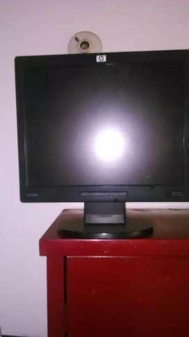 Tengo varios monitores hp 15 pulgadas Samsung 19 pulgadas acer 19 pulgadas  y LG 17 pulgadas