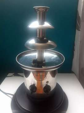 FUENTE CHOCOLATERA UNIVERSAL ROYALD