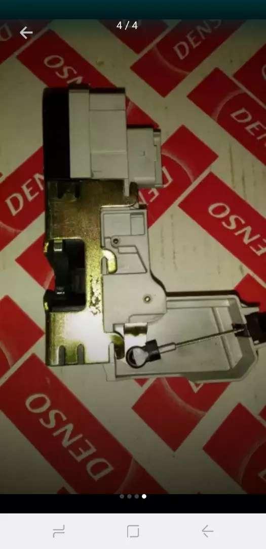 Cerradura cierre eléctrico peugeot 307 0
