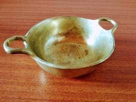 Recipiente en Bronce - Decoración - Adorno - Antiguo - Antiguedad