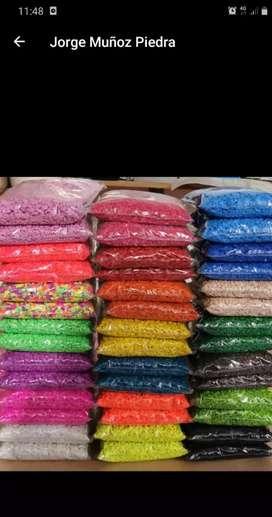 Vendo para decoración  piedras y arenas de colores