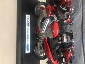 Motos escala 1/18 marca welly