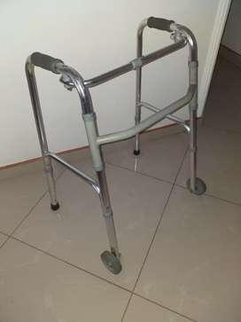 Caminadora para ancianos