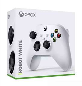Control Xbox One Y Series. Robot White