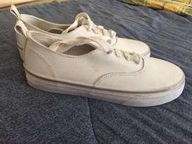 Zapatos americanos de estreno