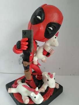 Figura Deadpool Porcelanicron