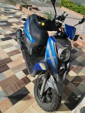 Vendo Moto Sym Crox 150 Colombiana