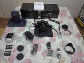 Equipo  FOTOGRAFICO  FUJIFILM  XT-30 + ZOOM Fujinom  18-135 mm mas accesorios. NUEVO. SIN USO . A ESTRENAR.