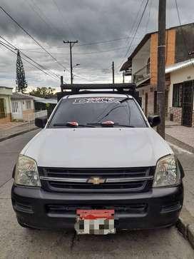Se vende camioneta luv dmax
