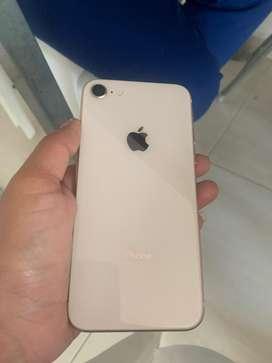 Oferta iphone 8  de 64 como nuevo