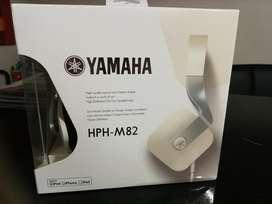 Auriculares Yamaha M82