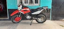 Vendo XR 150 casi nueva