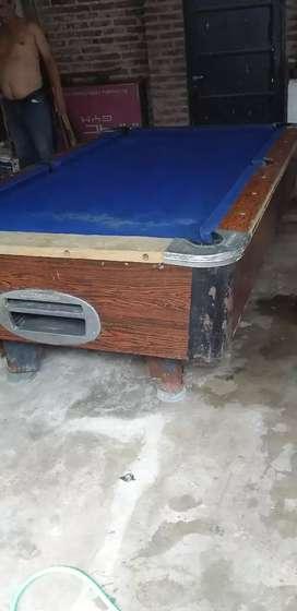 Mesa pool con algunos detalles
