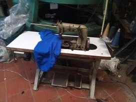 Vendo máquina collarín antigua. marca. Unión Special