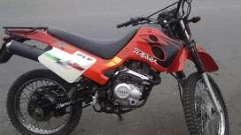 Vendo moto traxx de oportunidad