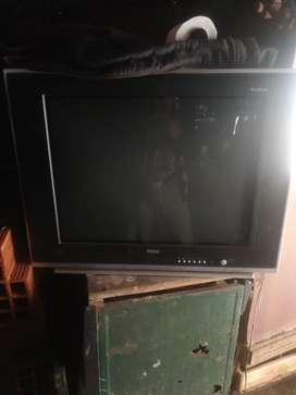 Vendo una TV de 29 pulgadas con control en buen estado