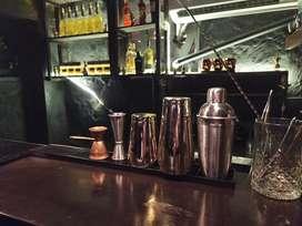 Arriendo bar amoblado por hora o mensual