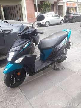 Yamaha scooter ZR