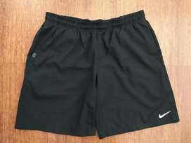 Short deportivo Nike
