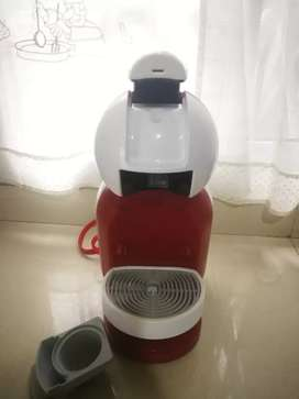 Cafetera DOLCE GUSTO DE NESCAFE