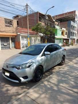 Toyota Yaris Full equipo 2014 a negociar